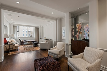 Stunning Upper East Side Convertible 3 Bedroom