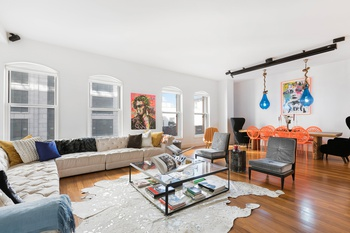 Gorgeous 3 Bed 3 Bath 2500+ SF at Full-service Luxury Condo RIVER LOFTS in Tribeca!